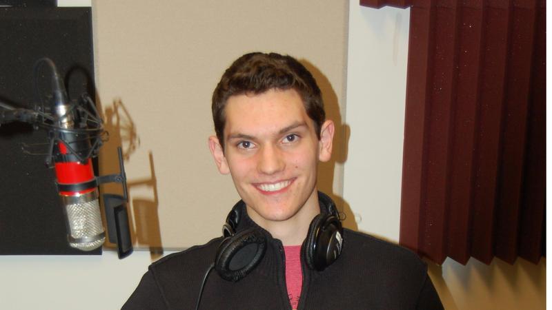 Noah Schlosser headshot