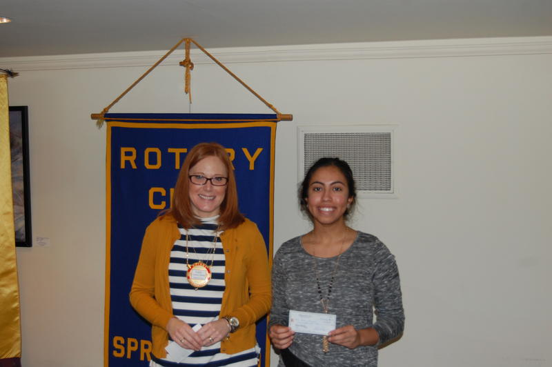 Maroa-Forsyth High School Senior Isra Hasnain Recieves Her Scholarship From The Rotary Club Of Springfield Sunrise