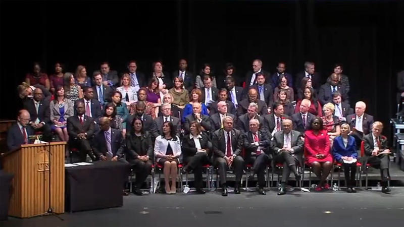 House members of the 100th Illinois General Assembly sworn in at the University of Illinois Springfield