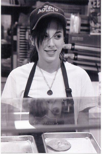 Jenny Sawyer working at the mall ca. 2004