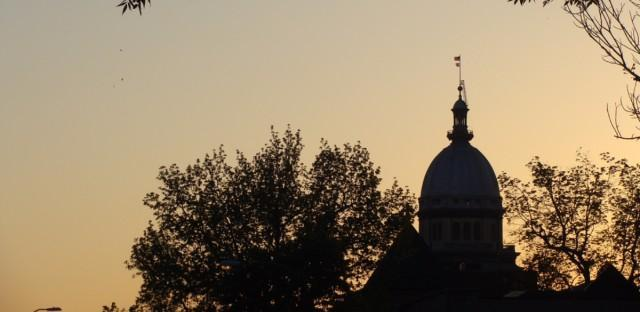 Sunset behind Illinois capitol