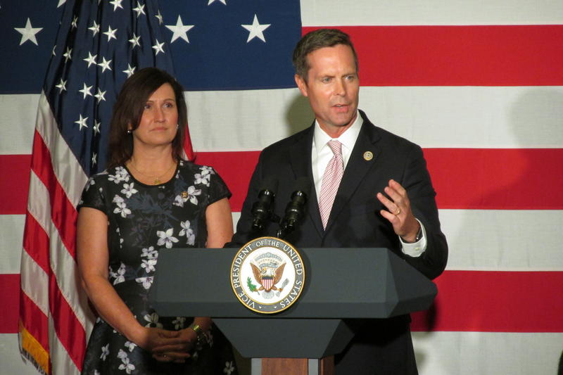 Congressman Rodney Davis introduces Vice President Mike Pence to supporters in Springfield on Oct. 12.