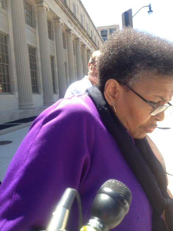 Former Rep. Connie Howard (D-Chicago) leaves the federal courthouse in Springfield after pleading guilty to a single count of mail fraud.