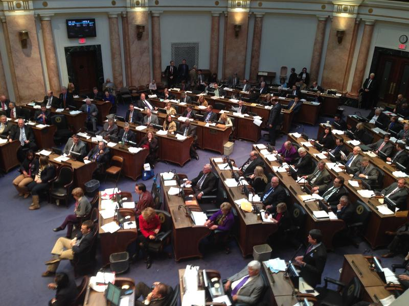 Telecom Deregulation Wins Approval In Ky. House | WUKY