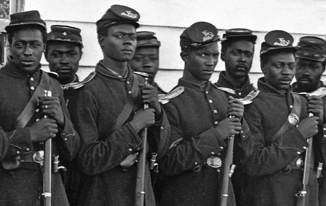 the black soldiers of the civil war As the war continued, more black soldiers enlisted to fight for the north they became a major part of the union armed forces by the end of the war, around 180,000 african-americans had fought making a major difference and helping the north to win the war.