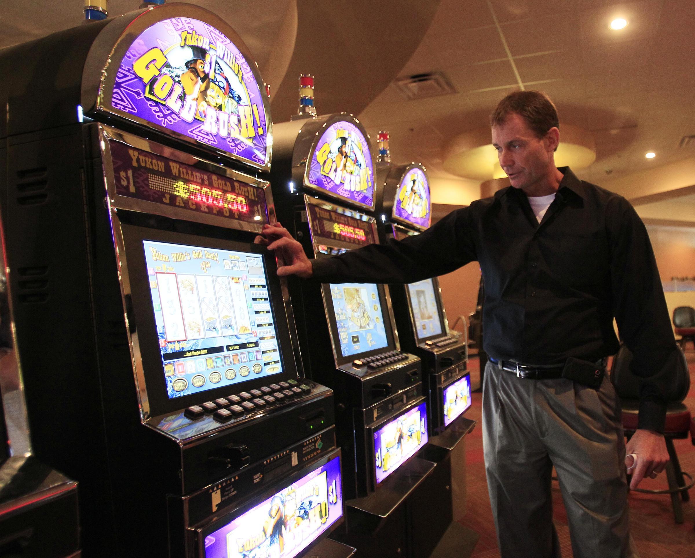Kentucky downs casino roulette gambling set