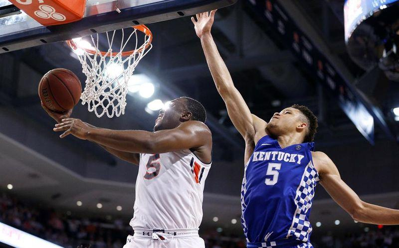 Cats unable to stop the skid at Auburn, losing 4th straight