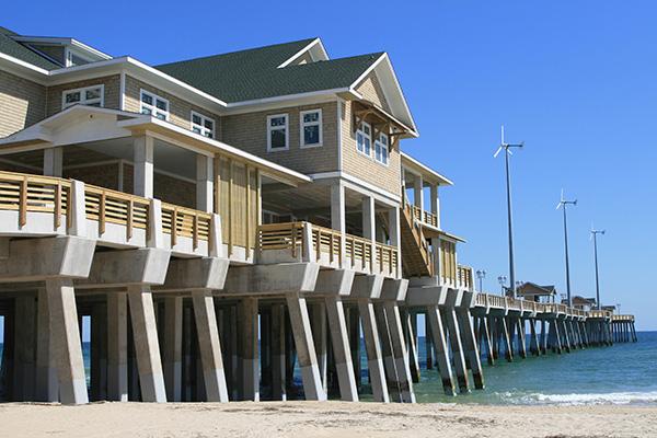 Crippled jennette 39 s pier reopens eight years later wunc for Jennette s fishing pier