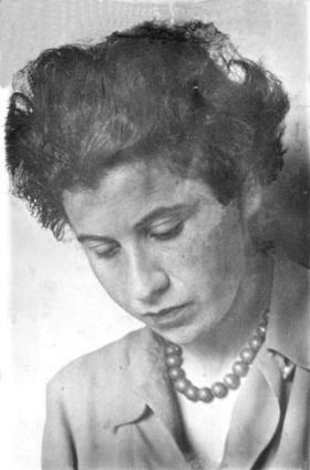 Photograph of Etty Hillesum from the Jewish History Museum of Amsterdam.