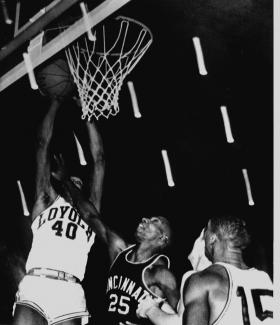 Photo: The Loyola Chicago Ramblers played against Cincinnati in the 1963 N.C.A.A. tournament title game.