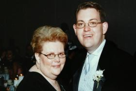 Photo of Charles Ornstein with his mother, Harriet Ornstein, on his wedding day
