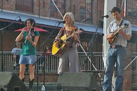 Kari Sickenberger and band at the Back Porch Music Series in 2009.