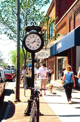 A busy Franklin Street in downtown Chapel Hill.