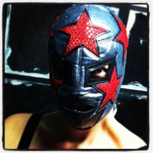 www.luchadoras.tumblr.com