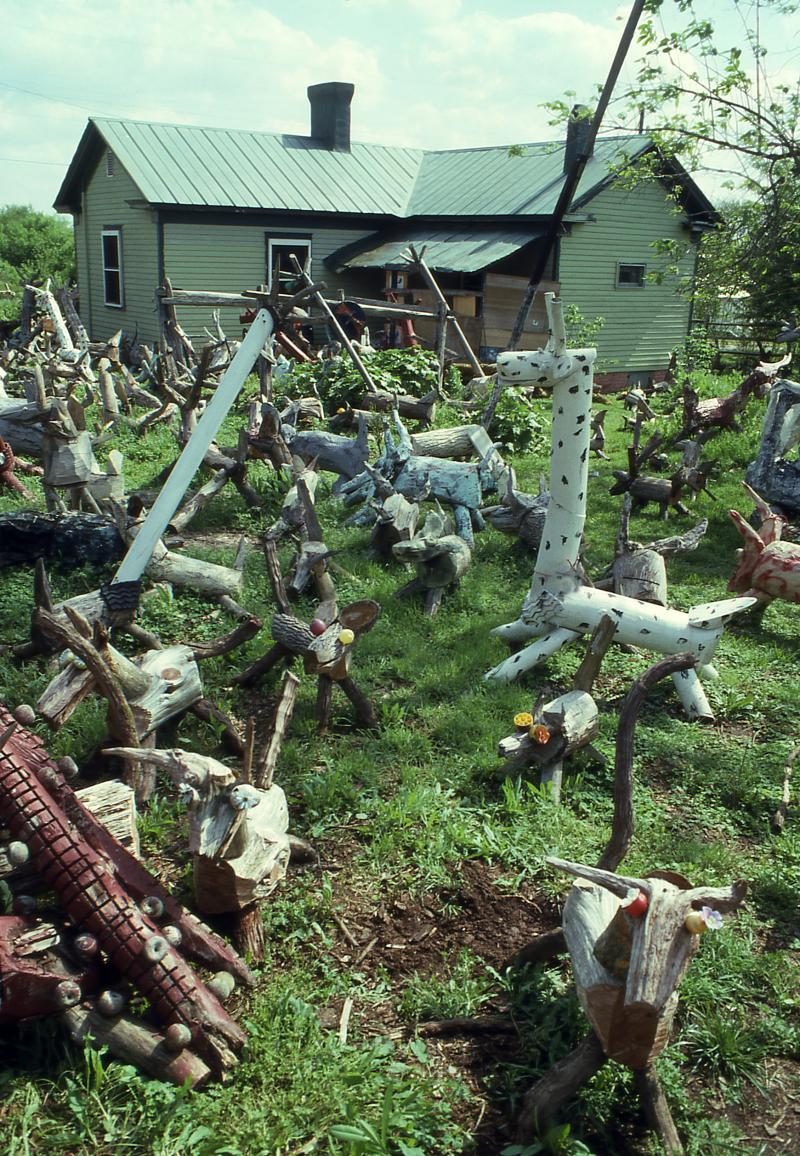 "Clyde Jones' backyard was home to hundreds of ""critters"" he built."
