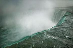 Photo: Niagara Falls, Ontario, Cananda, 2009