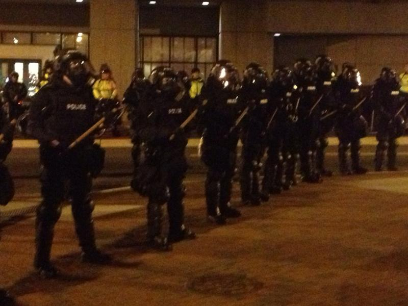 Soon, a different team of police, dressed in riot gear, appeared.