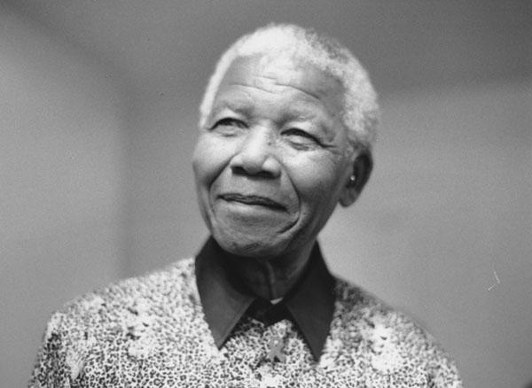 6th April 2000 Visit of Nelson Mandela to give a lecture at LSE on 'Africa and Its Position in the World.' Held at the Peacock Theatre.