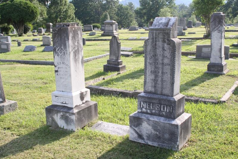 Established in 1885, the 22-acre Oakdale Cemetery honors veterans of both World Wars as well as a paupers' cemetery. The cemetery is also significant for its collection of funerary art.