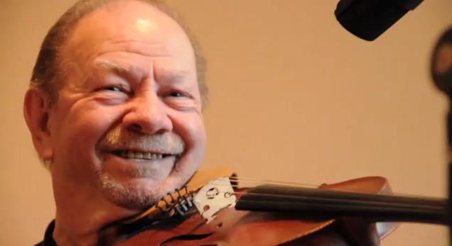 Fiddler Bobby Hicks