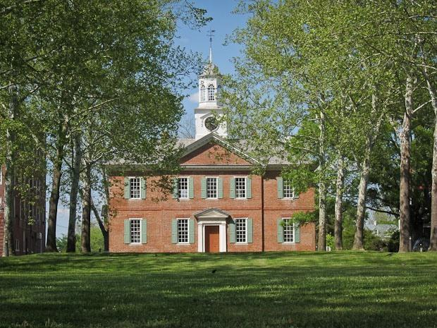 A picture of the Chowan Court House, built in 1767.