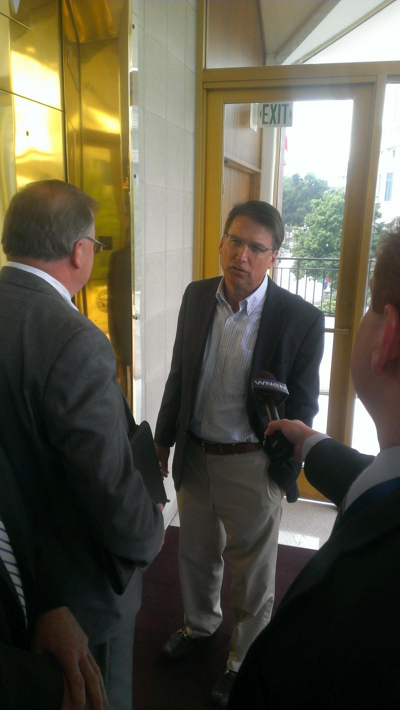 Governor McCrory talks with reporters at legislative building