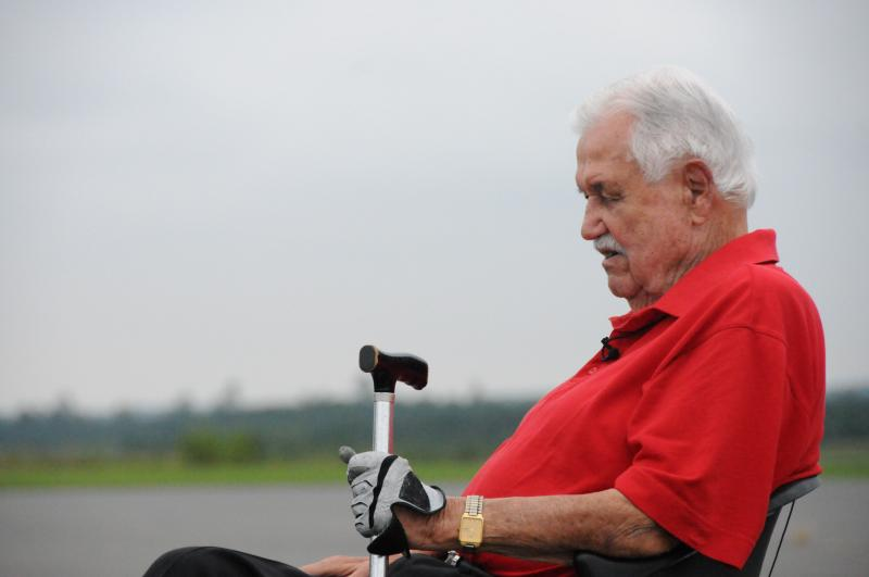 Oscar Smith, 95, trained pilots to fly the B-17 during World War II