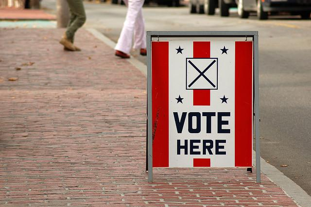 Photo: A Massachusetts voting station sign