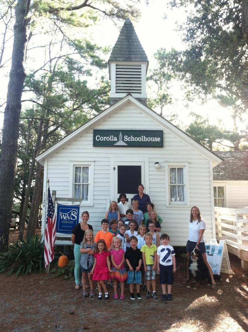 "The caption to this tweet: ""#teachinginNC Water's Edge Village School in Corolla, NC (NC's smallest public school); our motto: We got this!"""