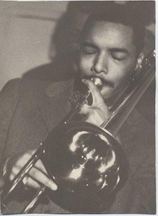 Image of Daoud Haroon performing in Harvard Square in 1959.