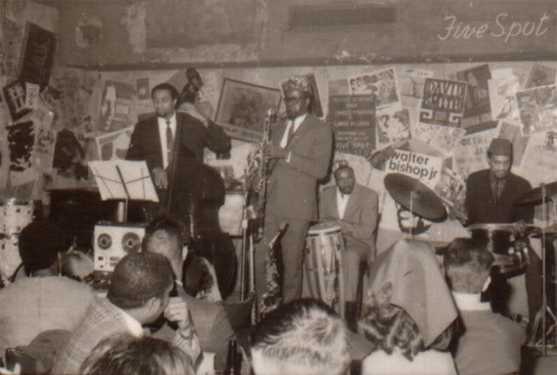 Image of Daoud Haroon performing with Makanda Ken McIntyre at the Five Spot in New York City in 1967.
