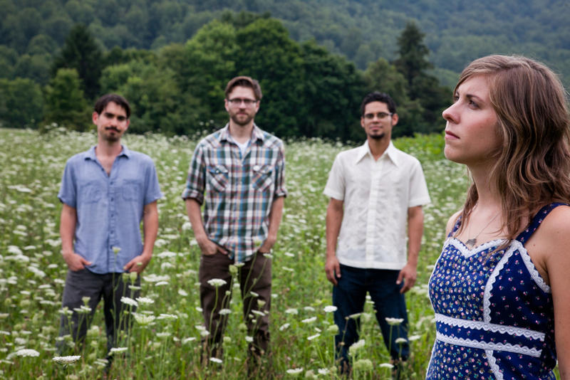 Stock photo of Steph Stewart and The Boyfriends in field.