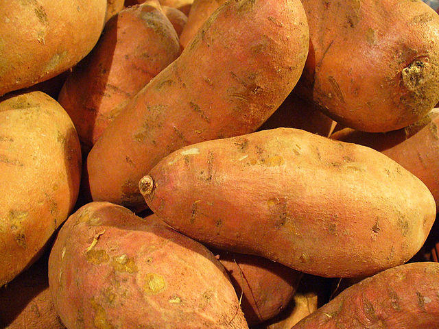 A picture of sweet potatoes.