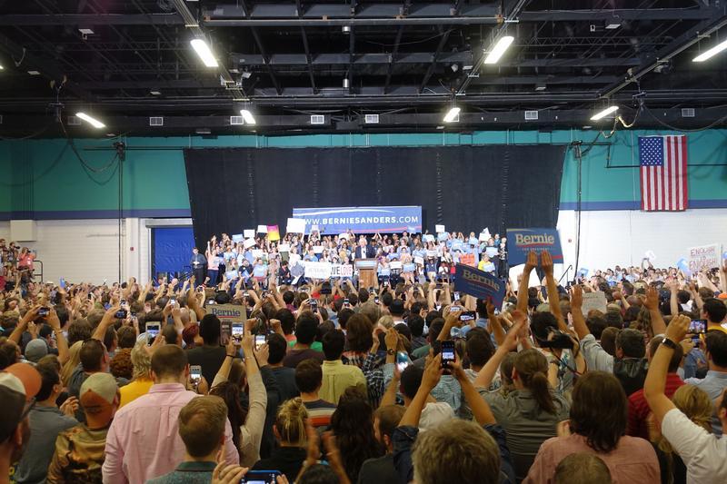 An imafe of a Bernie Sanders rally