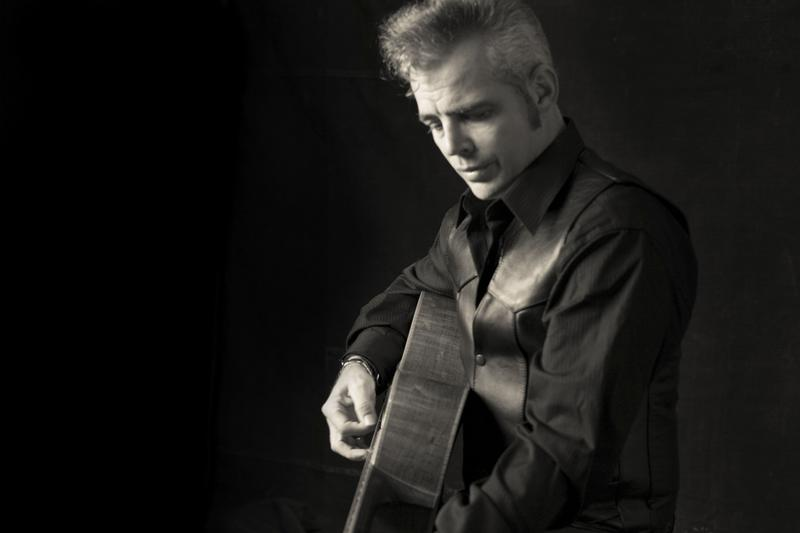 An image of country bluegrass singer Dale Watson