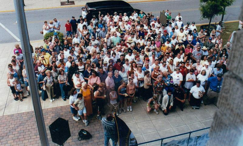 The Hatfields and McCoys gathering outside a courthouse in 2000