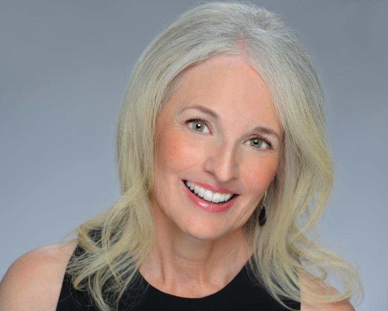 Pamela Howland headshot