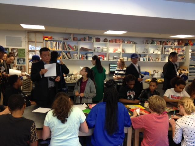 Chinese educators from Xuzhou checked out a middle school art class at DSA.