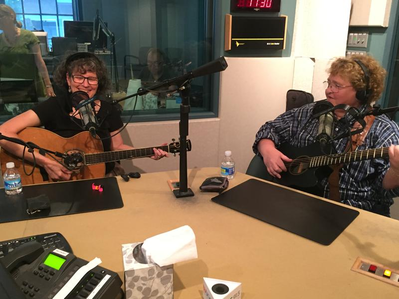 photo of Jamie Anderson and Dianne Davidson in The State of Things studio.