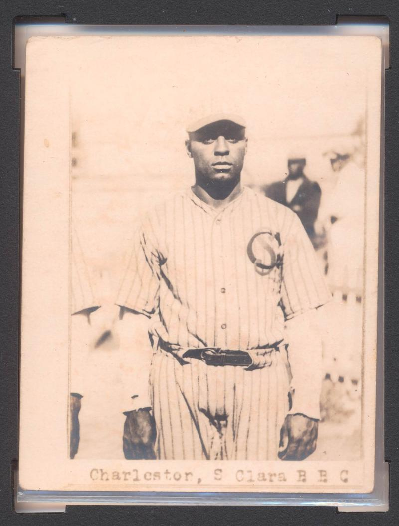 Photo of Oscar Charleston's baseball card