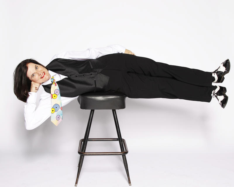 An image of comedian Paula Poundstone