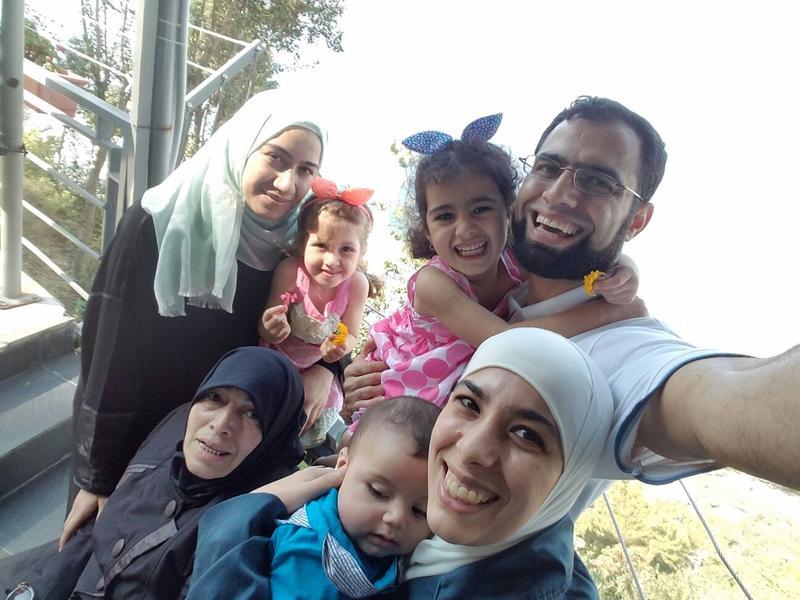 An image of Abdullah Khadra and his family