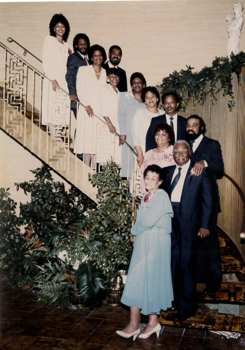 Craig family photo captured in 1987. Pictured: mother Thelma Craig, father Richard C. Craig, siblings Marie, Richard, Harvey, Carliss, Bonnie, Dorothy, W. Calvin, Carol, Quinten, and Phyliss.