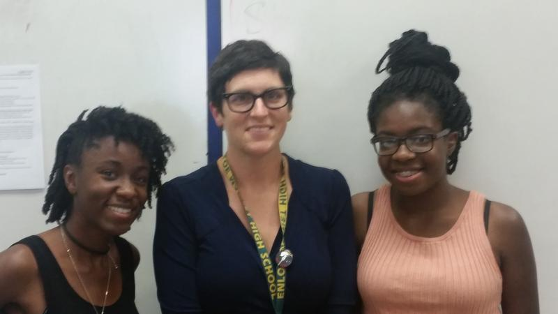 Student Quinn Okoro, Teacher Grace Jackson, and student Allayne Thomas
