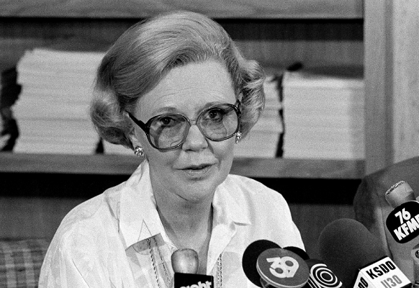 Joan Kroc at a news conference in 1984.
