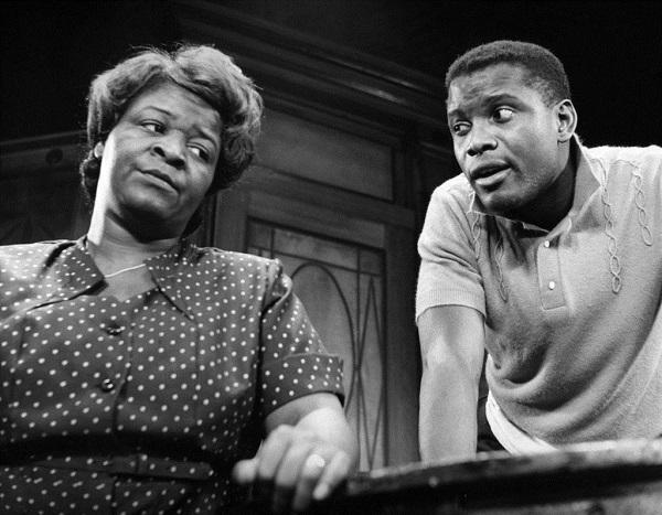 Image of actors in 'A Raisin in the Sun.'