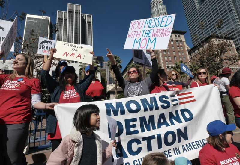 moms protesting for gun legislation in Los Angeles