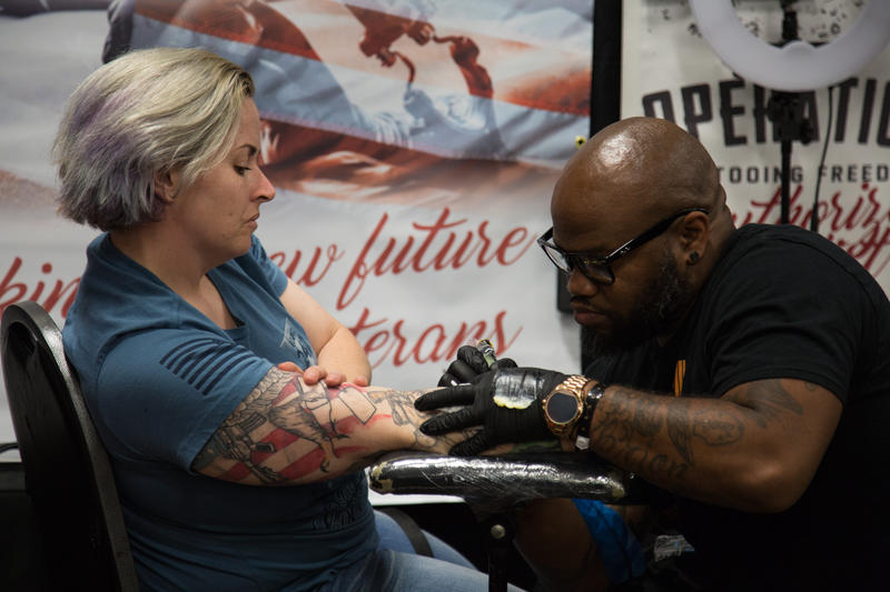 Veteran and artist Daniel Wright has been donating tattoos to veterans for the past three years.