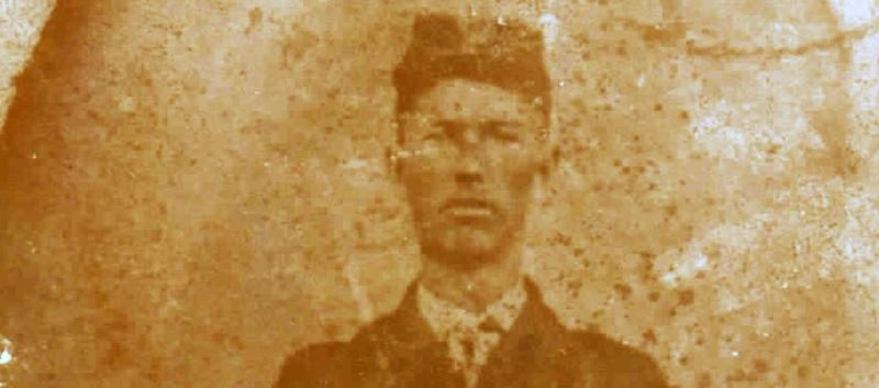 picture of William Hall from the 1890s