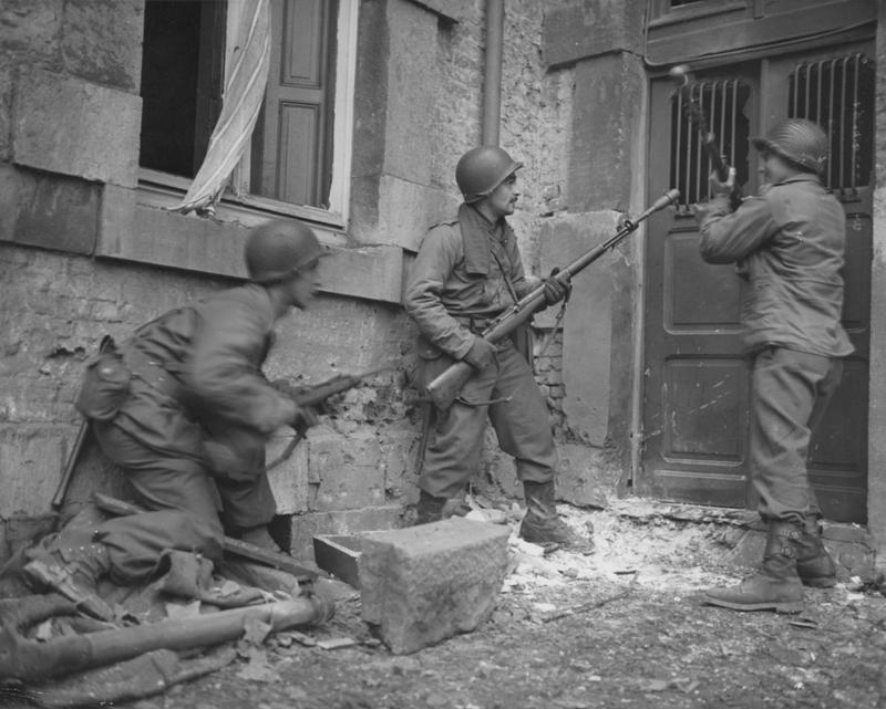 Members of the 117th Infantry Regiment (30th Infantry Division), Malmèdy, Stavelot, La Gleize (December 1944)